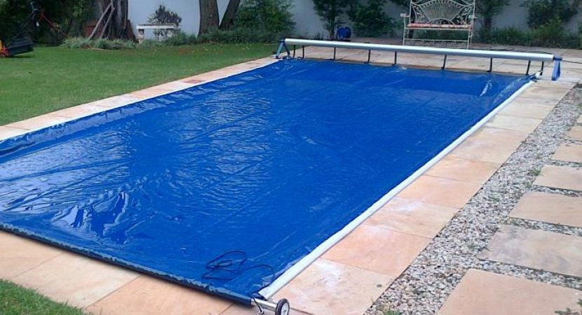 Three Reasons To Use A Swimming Pool Roller For Your Pool Cover
